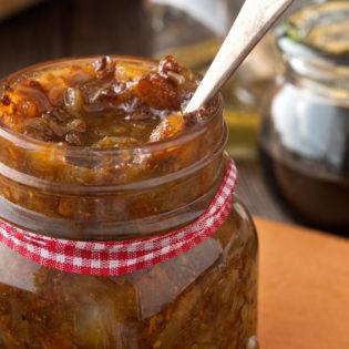 Cabernet Sauvignon Juniper Cured Bacon Red Onion Spread